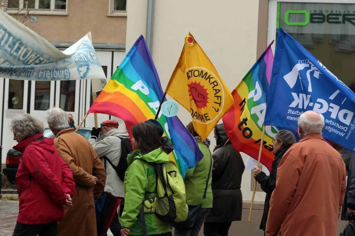 """Entschieden für Frieden und gegen rechte Hetze!""""Ostermarsch 2019 in Müllheim"""